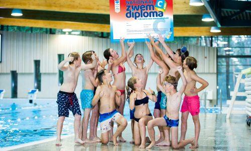 NRZ Foto groep kinderen met zwemdiploma C
